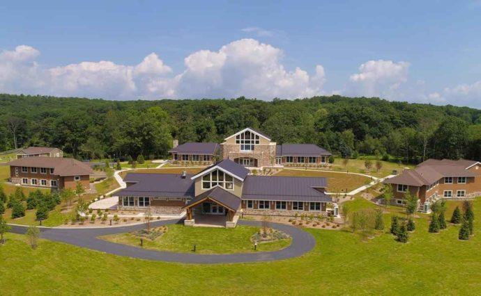 Construction management of Multi-building meditation center